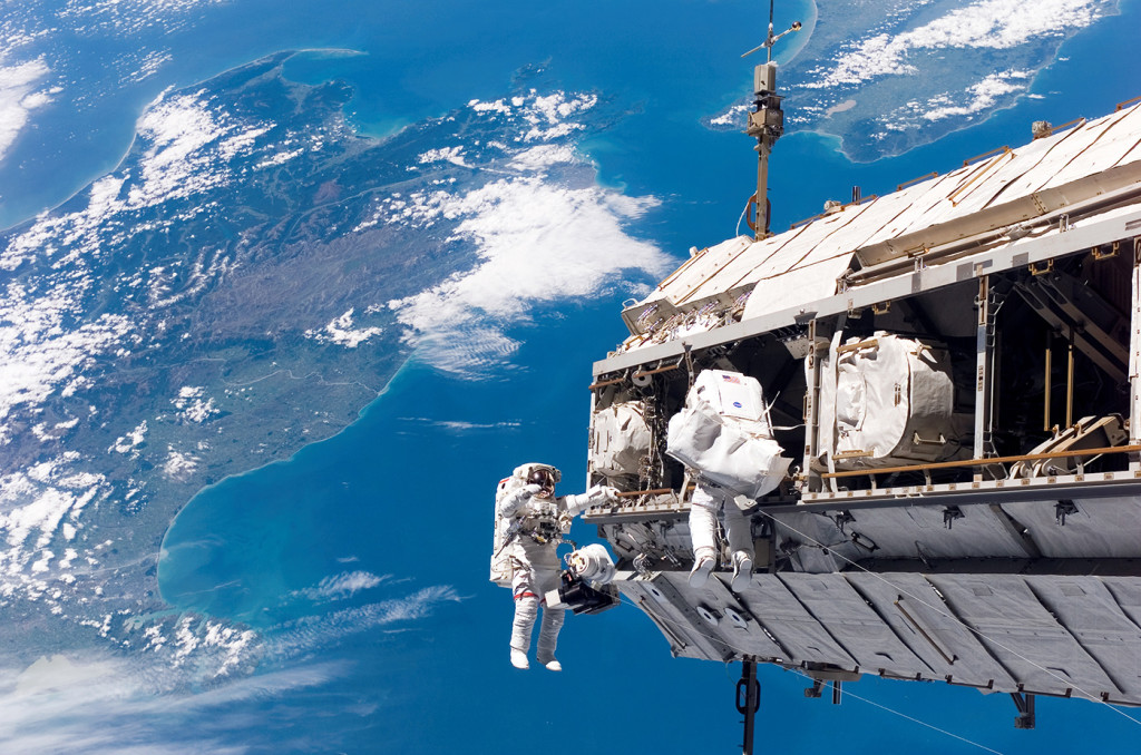 Nasa_Spacewalking_03-1024x678